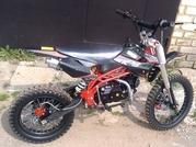 Кроссовый мотоцикл 125 см.куб. 4 передачи 17/14 дюймов колеса