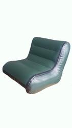 Надувное кресло со спинкой в лодку