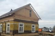 Подъем деревянных вагончиков и домов. Заменим Ваш старый фундамент на новый. Реконструкция и ремонт крыш. Укрепляем старый фундамент.