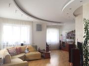 Трёхкомнатная квартира в Минске,  ул. Стариновская,  дом 7. На 1 высоком