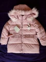 Куртка зимняя (пуховик) на девочку 4-5 лет.